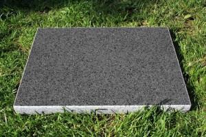 grilovací kámen žulový